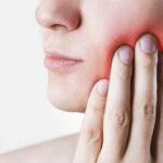 Ascesso dentale: cause e sintomi.